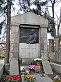 Grave of Konrad Olchowicz Family - 01.jpg
