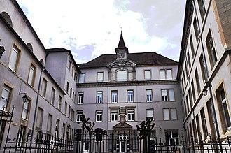 Gray, Haute-Saône - Image: Gray Collège des Jésuites 01