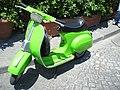 Green vespa - Flickr - kalamita.jpg