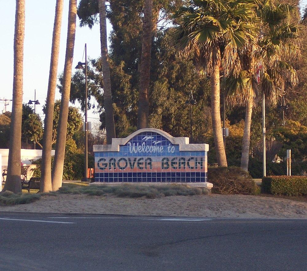 The population density of Grover Beach in California is 2196.33 people per square kilometer (5695.24 / sq mi)