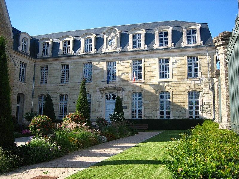 Fichier h tel de ville de wikip dia for Piscine de thouars