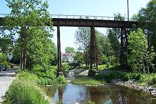 Hølen Viaduct Disused iron railway bridge in Norway