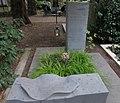 Hans Schilling -grave new.jpg