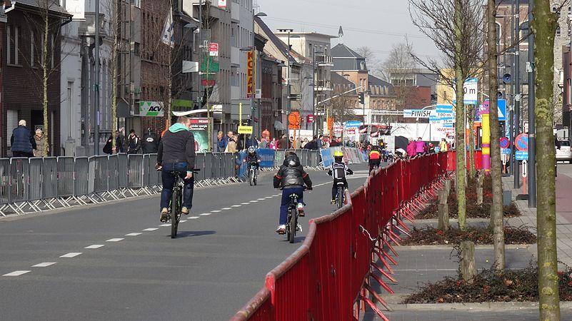 Harelbeke - Driedaagse van West-Vlaanderen, etappe 1, 7 maart 2015, aankomst (A01).JPG