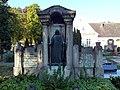 Hassloch alter-friedhof grab-sauerbrunn 20120914 465e.jpg