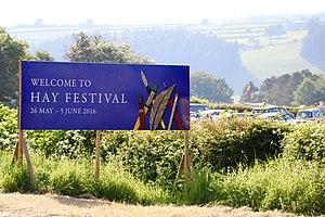 Hay Festival - Image: Hayfestival 2016 welcomesign