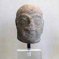Head of a statuette of a priest-AO30-IMG 6779.jpg