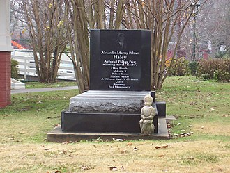 Alex Haley - Haley's grave beside his boyhood home at Henning, Tennessee in 2010.