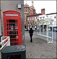 Hereford ... bus shelter. - Flickr - BazzaDaRambler.jpg