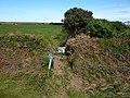 Higher Gear field path stile. - panoramio.jpg
