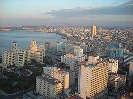 Hotel Nacional y Malecon de La Habana.jpg