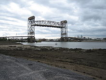 ICanalClaiborneBridgeLow9Breach14Dec05.jpg
