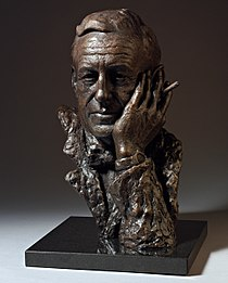 Ian-Fleming-bronze-bust-by-sculptor-Anthony-Smith.jpg