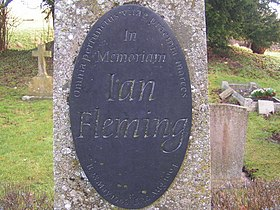 Ian Flemmings grave - geograph.org.uk - 1139008.jpg
