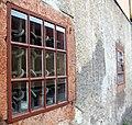 Inbrottssäkra fönster, Schougska handelsgården.JPG