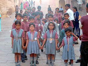 Indian_School-Girls_at_Jodhpur