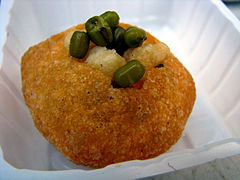Indian cuisine-Panipuri-05.jpg