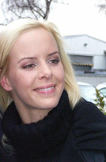 Nackt edwardson tänzerin Isabel Edvardsson