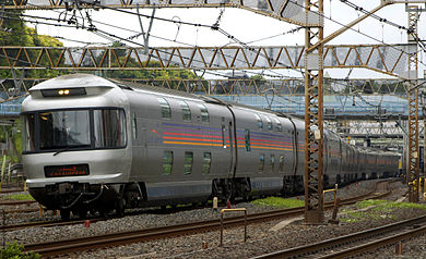 JR East Cassiopeia sleeper car service from Tokyo to Sapporo with 180 degree views JR East E26 Suronefu-E26 side.jpg