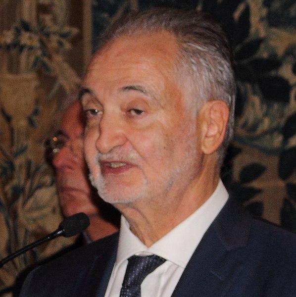 File:Jacques Attali en 2015.jpg