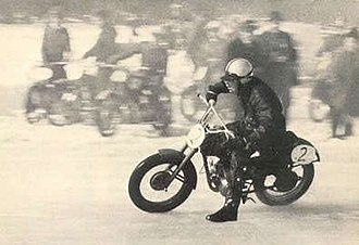 Jarno Saarinen - Saarinen during an ice racing competition in 1963