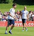 Javi Martinez Arjen Robben Training 2018-05-08 FC Bayern Muenchen-1.jpg