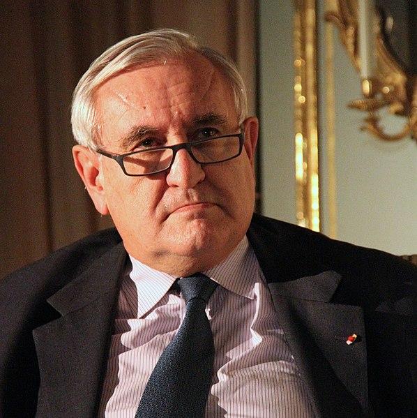 Jean-Pierre Raffarin par Claude Truong-Ngoc 2013.jpg