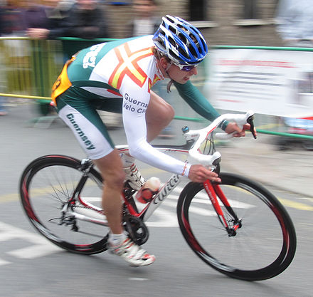 Joshua Gosselin racing for the Guernsey Velo Club Jersey Town Criterium 2010 53.jpg
