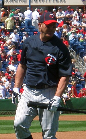 2011 in baseball - Thome joined the 600 home run on 8/15/11, then rejoined his original franchise on 8/25