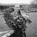 "John ""Bill"" Pettersson hyllas 1949.jpg"