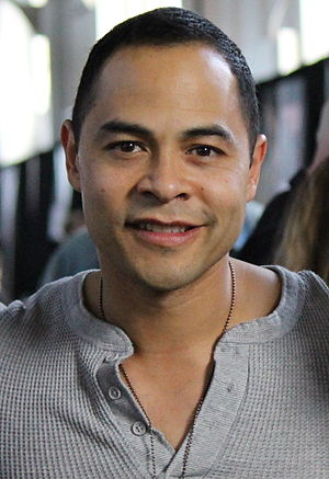 Jose Pablo Cantillo - Cantillo at Walker Stalker Con, San Francisco, February 2015