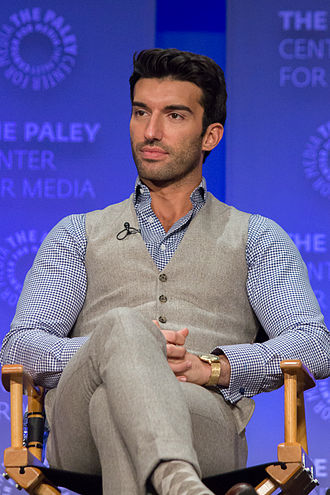 Justin Baldoni - Baldoni at the 2015 PaleyFest presentation for the Jane the Virgin