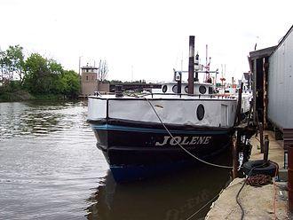 Kinnickinnic River (Milwaukee River tributary) - KK River fishing fleet, looking west.