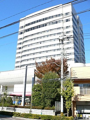 How to get to 甲府富士屋ホテル with public transit - About the place