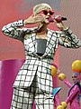 Katy Perry 3 (29134047068) (cropped).jpg