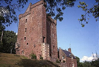 Laird - In 1988, Kinnaird Castle was the wedding venue of the Laird and Lady of Kinnaird