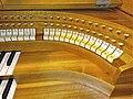 Knokke, Heilig Hart (Klais-Orgel, Spieltisch) (3).jpg