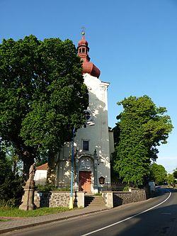 Kostel Nejsvětější Trojice, Řehlovice, 05-2012.jpg