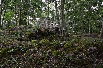 Krimulda Castle - Image: Krimulda piiskopilinnuse varemed 04