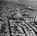 Légifotó, előtérben a Déri-kert, ettől balra a Szent Antal utca. Fortepan 76718.jpg
