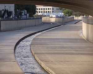 Los Angeles River - Receiving the Tujunga Wash (right) in Studio City.