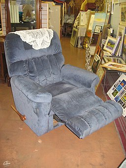 La-Z-Boy chair - 03