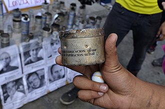 2014 Venezuelan protests - Image of a tear gas canister that expired in 2002, used during the protests
