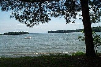 Lake Livingston - Image: Lake Livingston 2