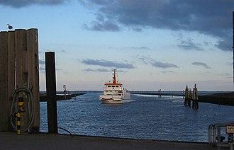 Langeoog - Ferry Langeoog IV in the morning