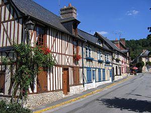 Le Bec-Hellouin - Image: Le village