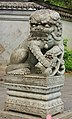 Leeuw. Locatie, Chinese tuin Het Verborgen Rijk van Ming in de (Hortus Haren Groningen).JPG
