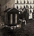Leopold Gombocz, 1909 Bienenstockwaage.jpg