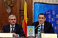 Liviu Dragnea si Victor Ponta la Adunarea Generala a UNCJR, Palatul Parlamentului - 03.12.2013 (11190449666).jpg