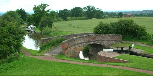 Locks and bridge near Tardebigge Reservoir